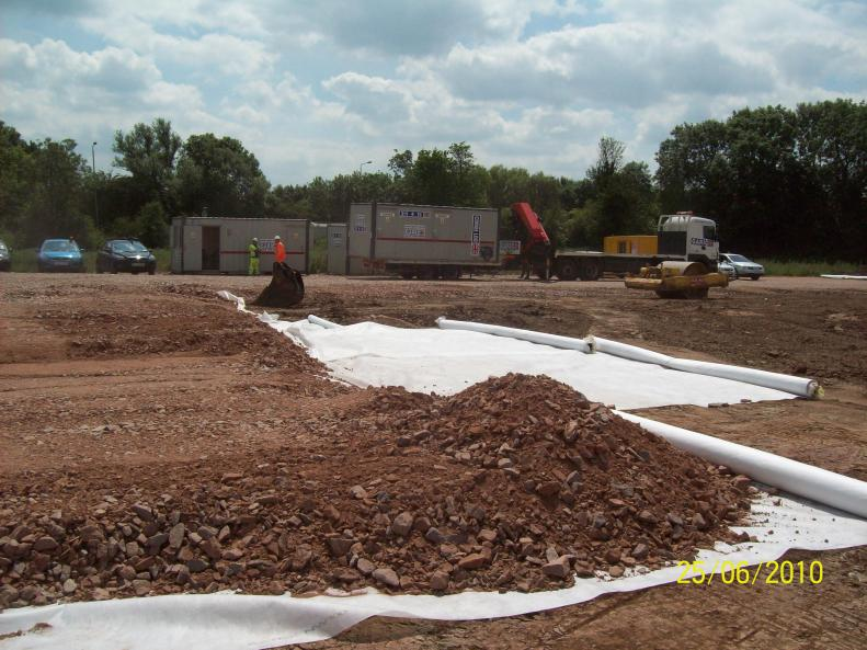 Stone Going Down + Network Rail Cabins arrive