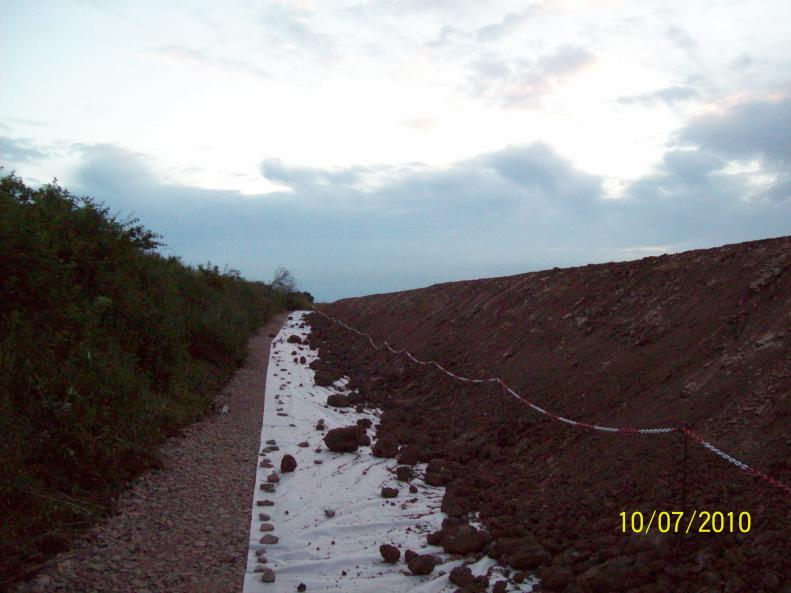 North ebankment fill being placed note gap as Network Rail Have note signed off the Form C to tie into the embankment.