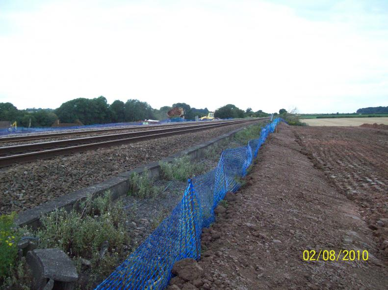North piling platform being tied into the existing embankment.