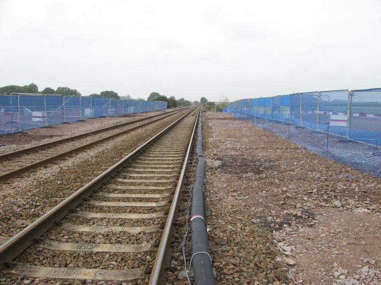 Phase 1 cable fixed on the sleepers