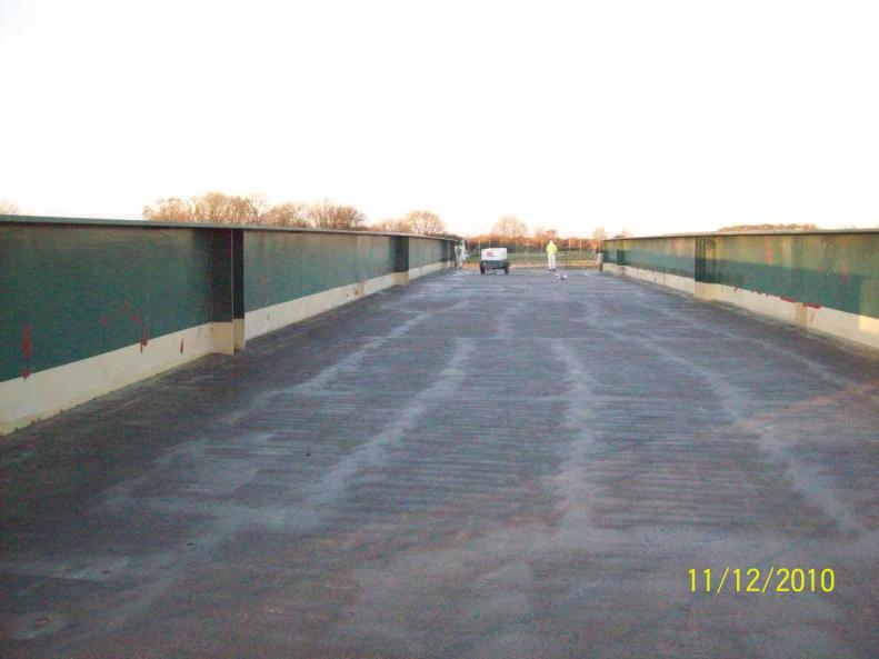 Bridge Deck being Primed with the Temperatures up at 8 deg C.