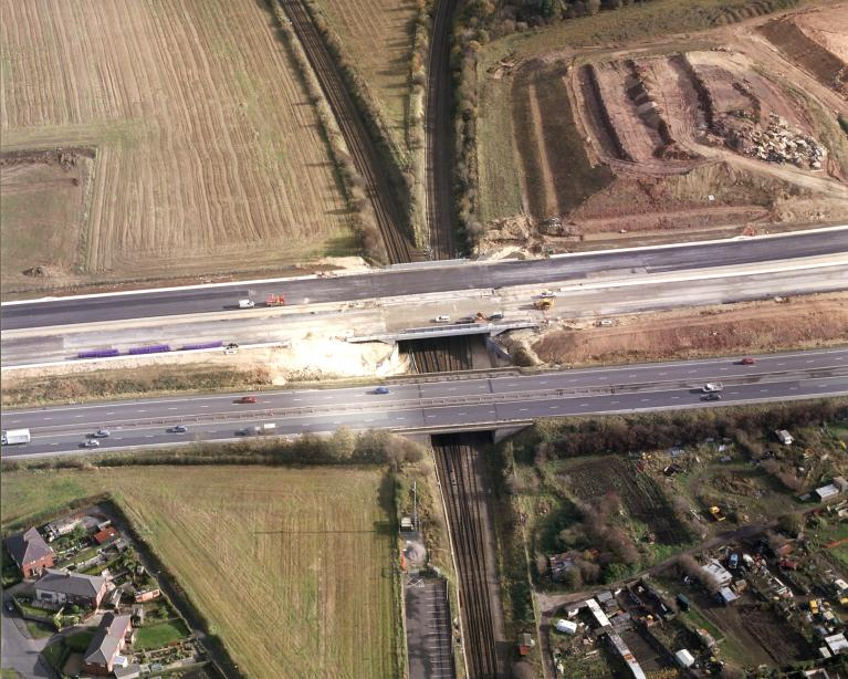 Existing A1 and new bridge at Micklefield