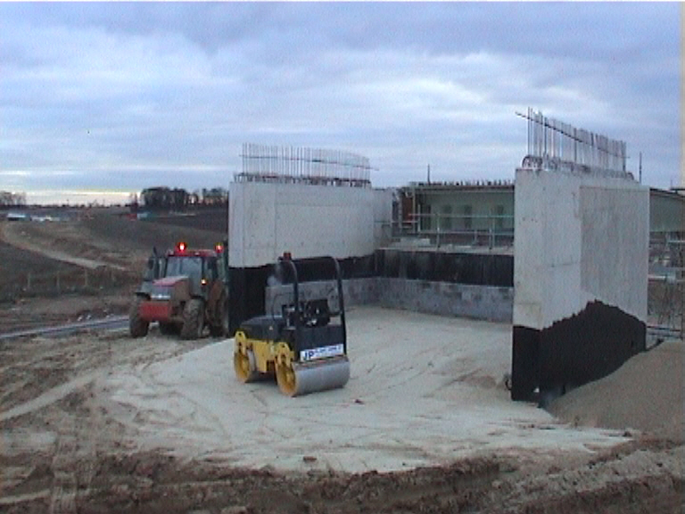 Backfilling being undertaken on the West abutment