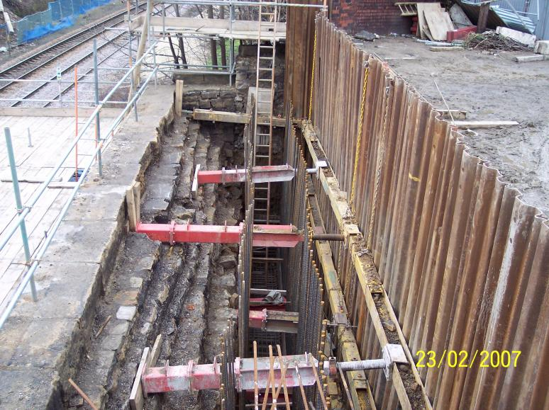 North Abutment - scaffold installed between the abutment and central pier.