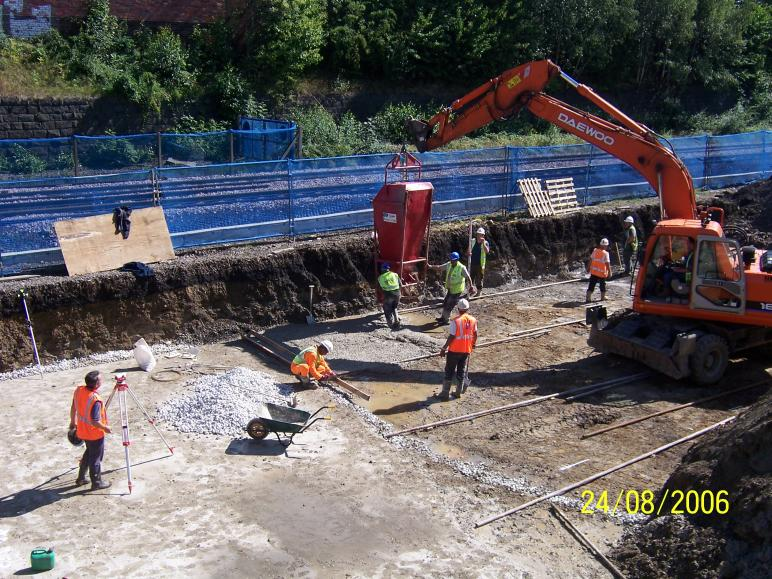 Blinding being placed to the South Abutment