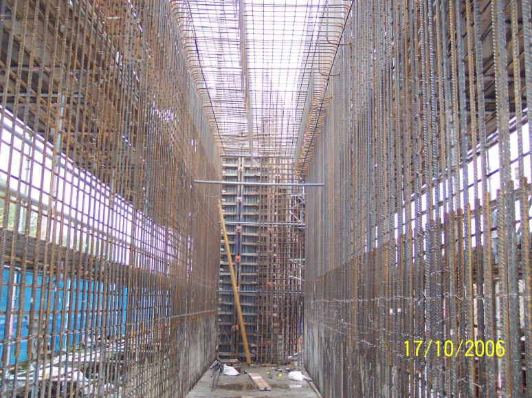 South Abutment - inside the steel cage looking at the wingwall stop end