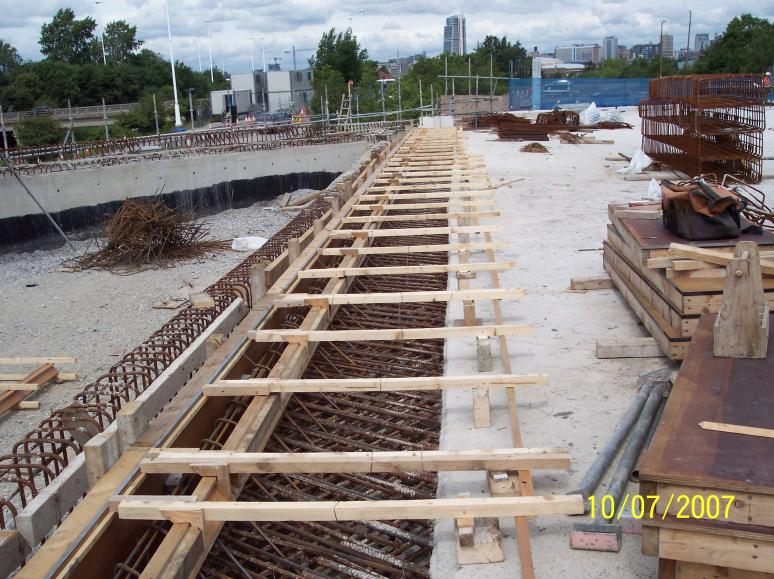 Deck end Formwork set up for the expansion joint upstand