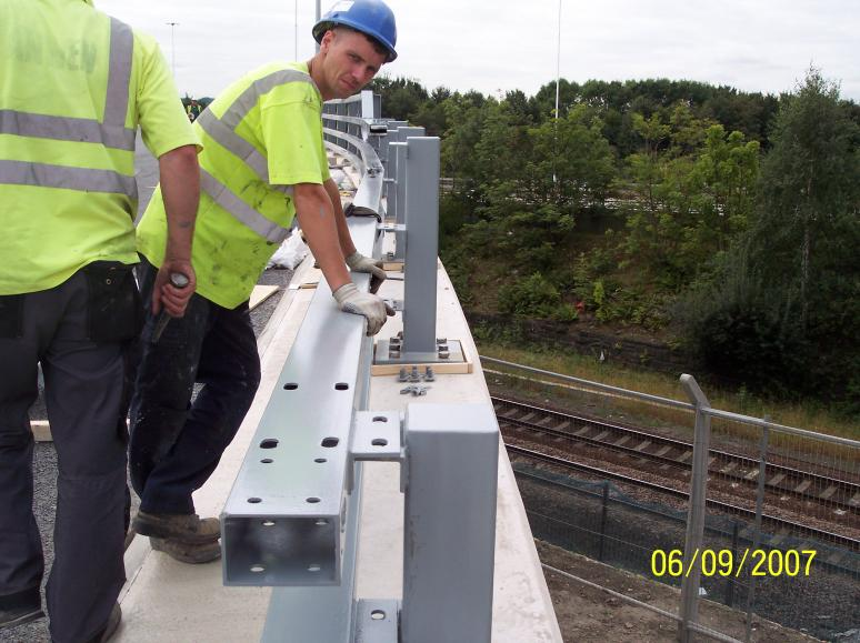 h4A Problem with fitting straight rails on a curve.