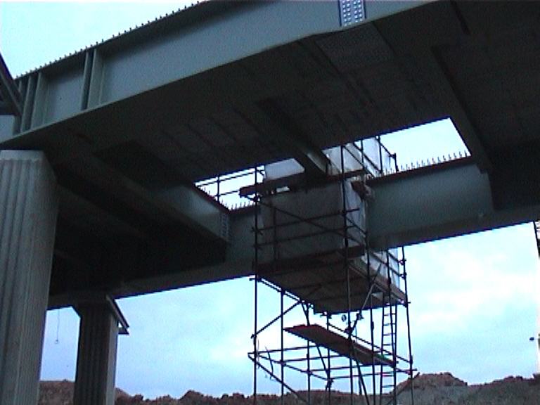 Scaffold for access to do welding